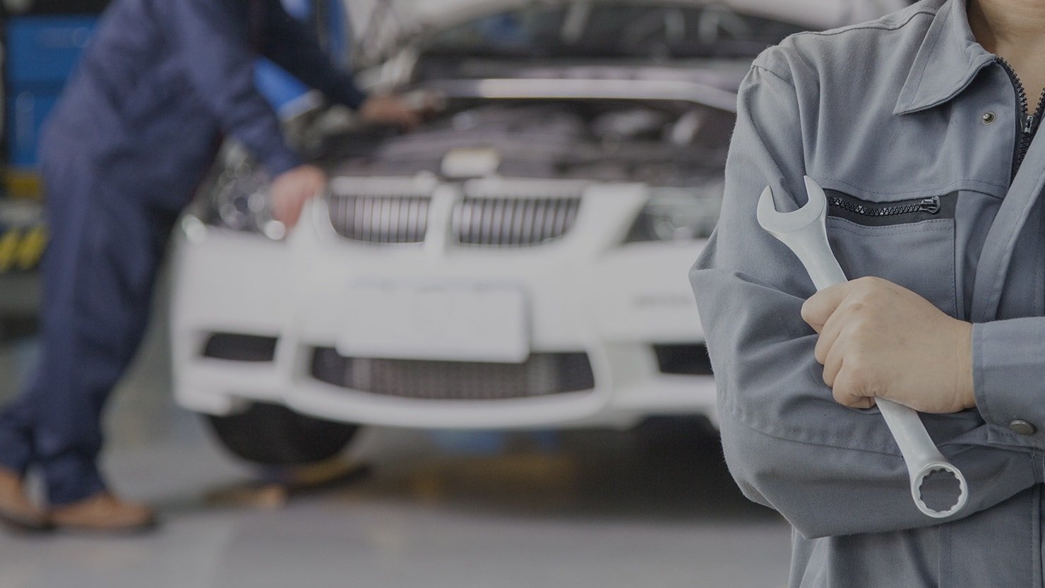 How Do You Select The Best Auto Glass Repair Association