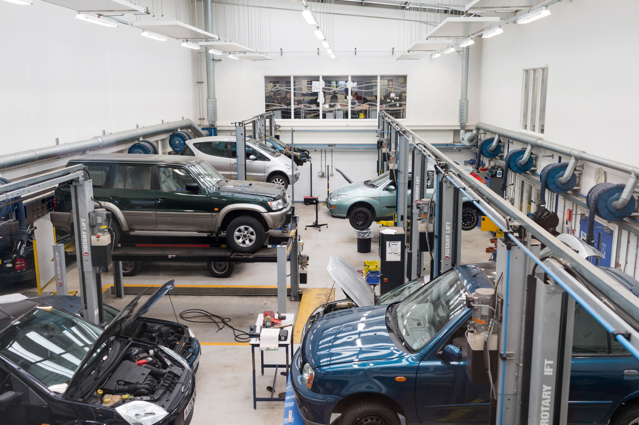 How to Choose The Best Centre For Body Repair in Birmingham?