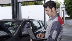 Save Your Money With Online Car Insurance Quotes